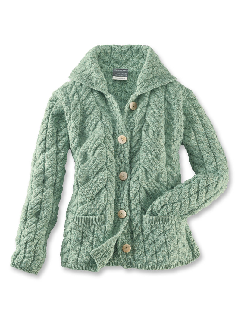 Strickjacke 'Derrymore' in Light Green von Aran Woollen Mills