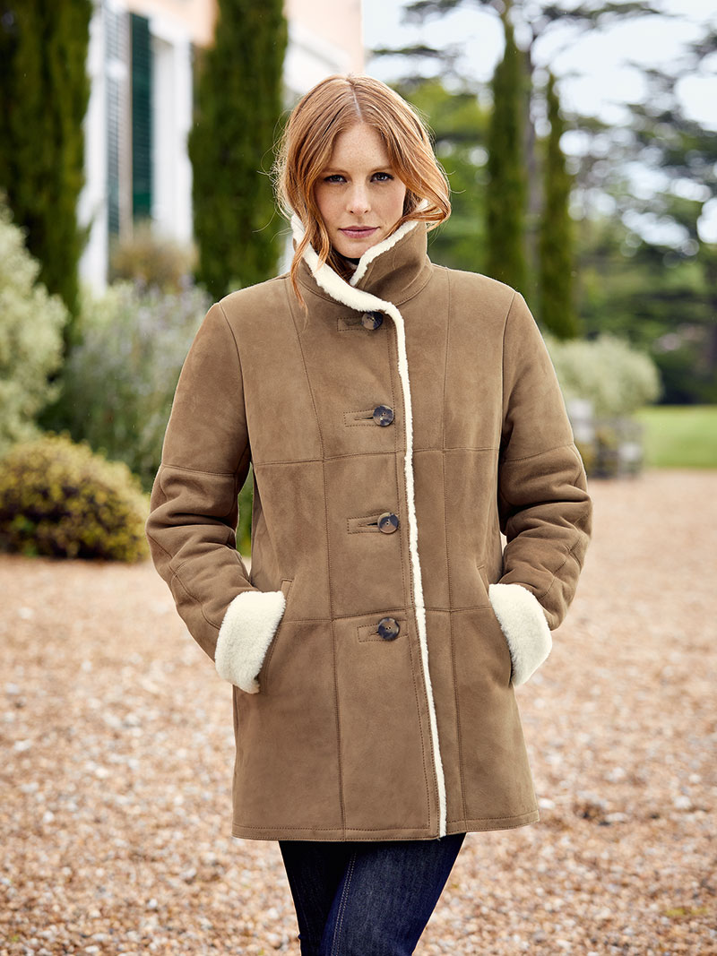 Lammfelljacke in camel bestellen the british shop for Mode aus england