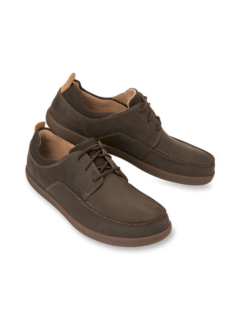 cheap for discount 9d661 48851 Country-Schuh in Braun von Clarks
