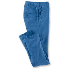 Sommer-Chino in Royalblau