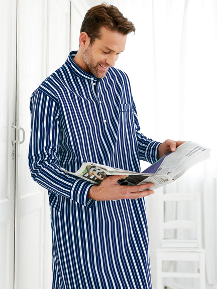 Exklusives Nightshirt in Blau-Weiß gestreift von Derek Rose